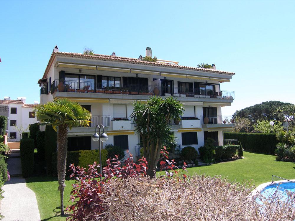Apartament planta baixa a prop de la platja de Calella de Palafrugell (Costa Brava)